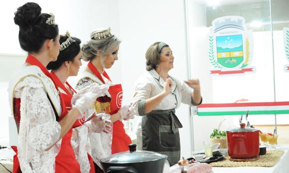 Cozinha da Cátia na Suinofest!